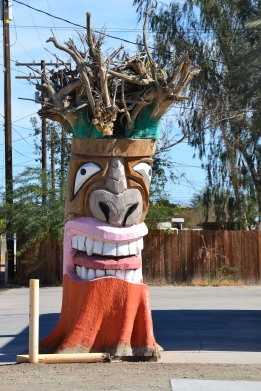 Living Stump Carving in Brawley