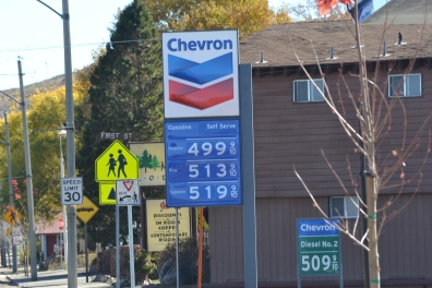 Lee Vining CA fuel prices